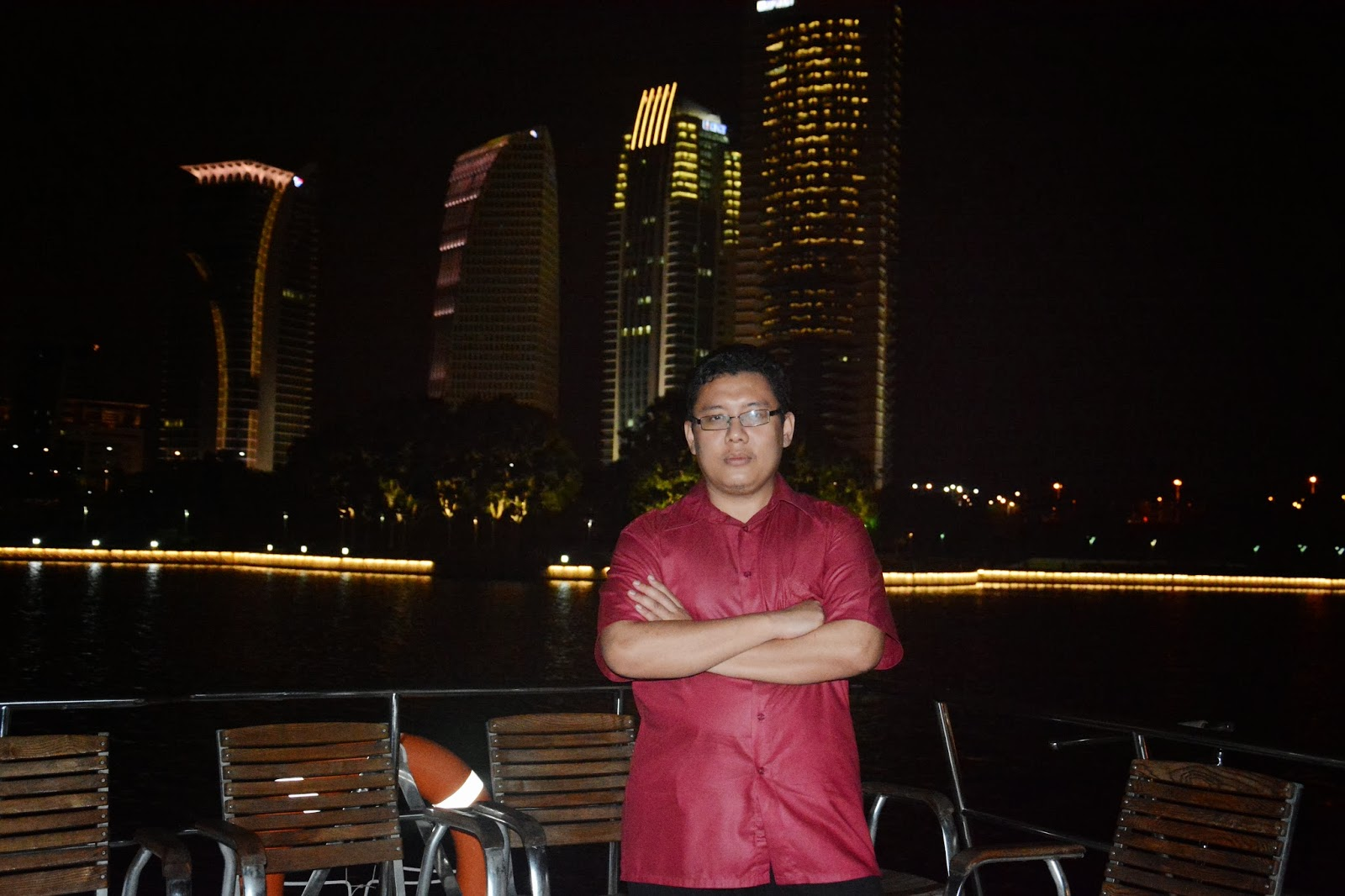 putrajaya,lake,cruise,kapal,dinner,free,supermoms